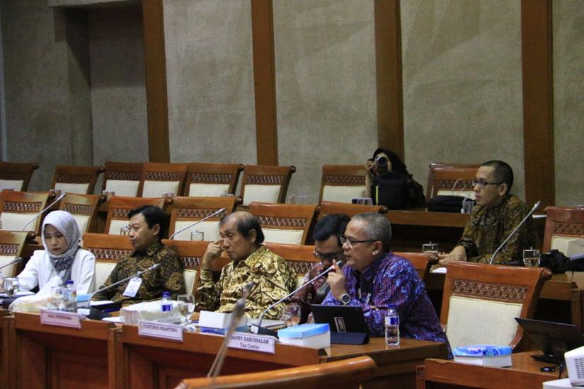 Darussalam - Rapat Dengar Pendapat Umum terkait RUU KUP di DPR