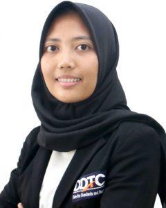 Hamida Amri Safarina