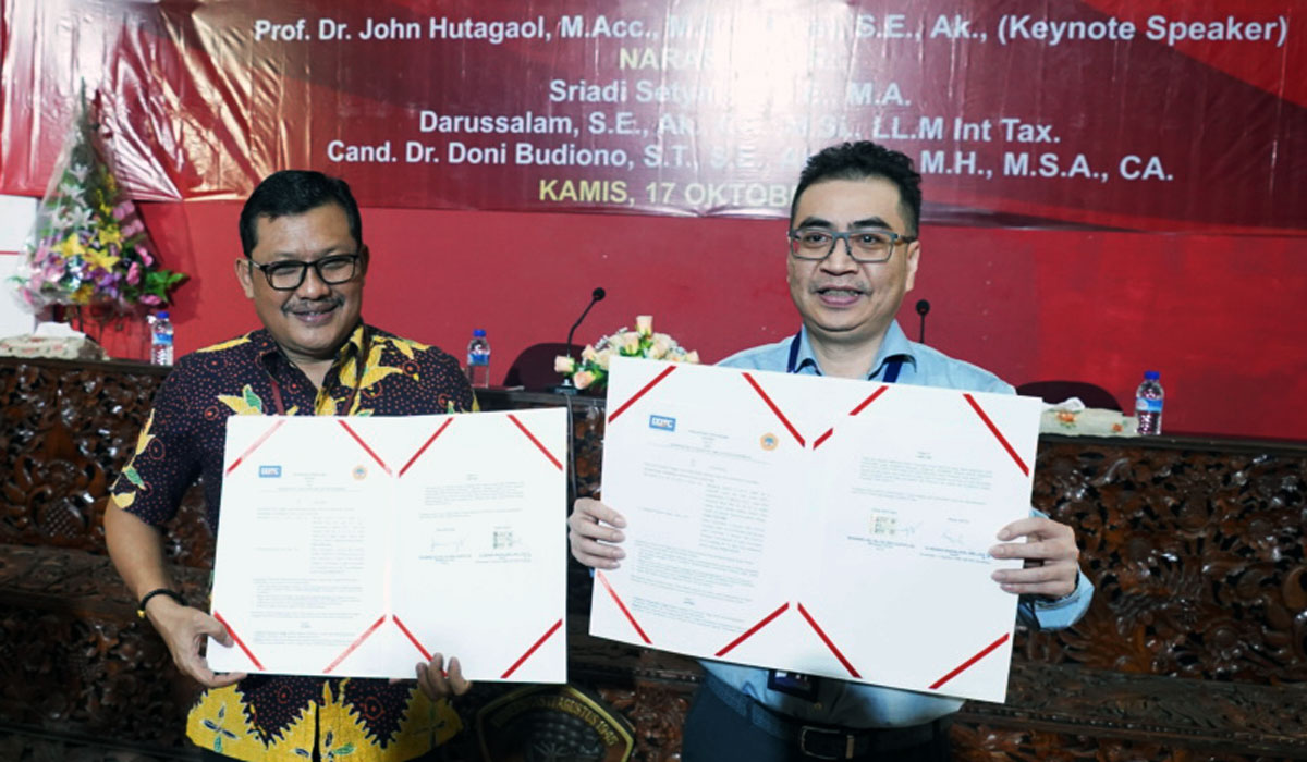 MoU between 17 Agustus 1945 Surabaya University and DDTC