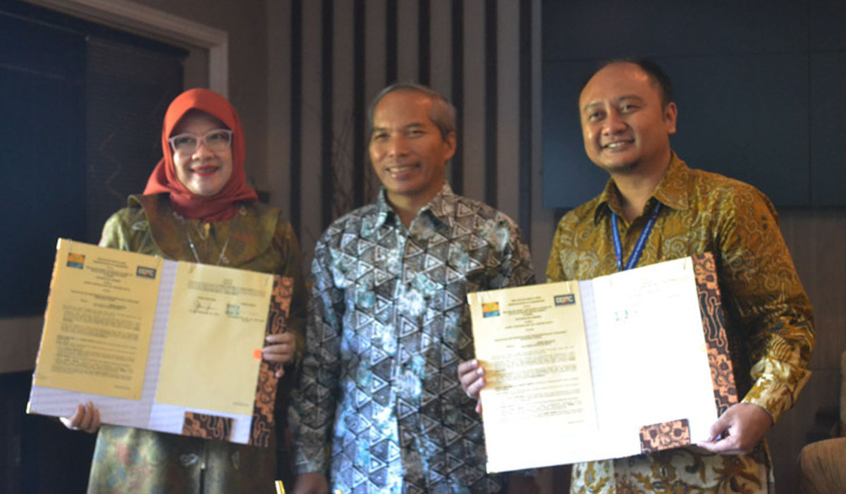 MoU between Jember University and DDTC