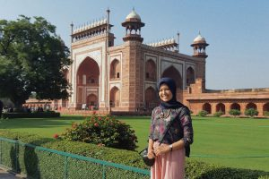 India (Nia Anzolla)